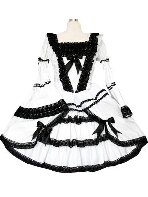Black And White Lace Trimmed Gothic Lolita Cosplay Dress.com